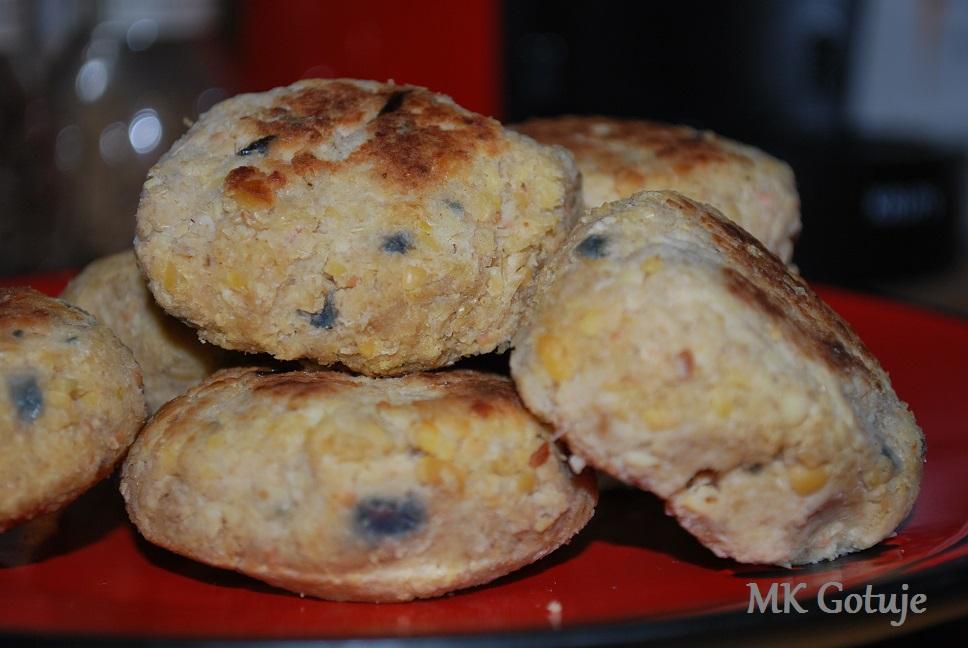 moje-kotleciki-sojowe-z-czosnkiem-i-suchym-razowym-chlebem