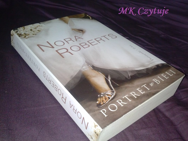 portret-w-bieli-nora-roberts