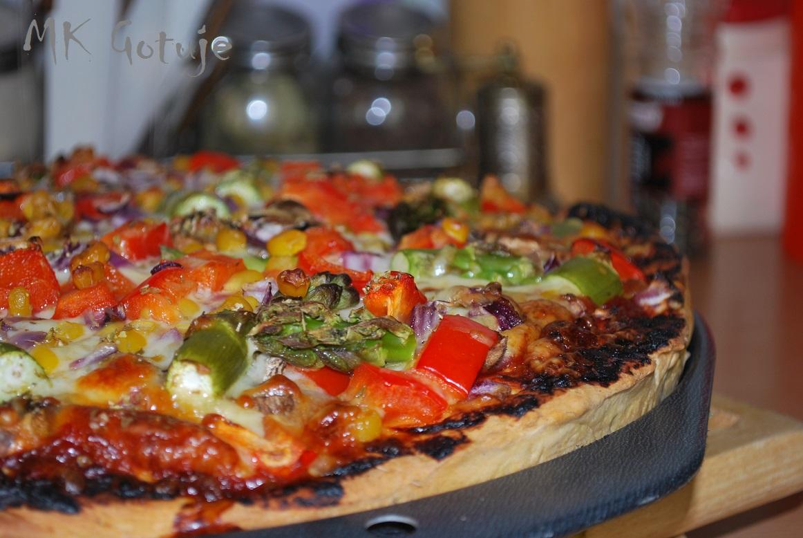 pizza-warzywna-3-sery-ze-szparagami