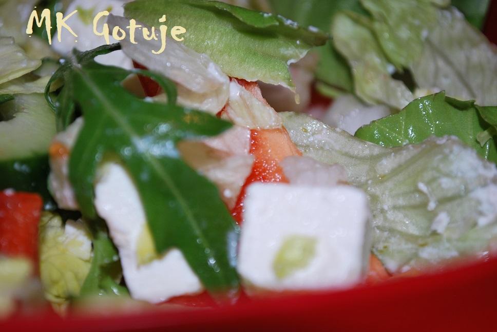 salatki-feta-z-rukola-i-vinegretem