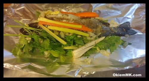 ryba-na-zdrowo-nadziewany-pstrag-z-warzywami-prosto-z-pieca