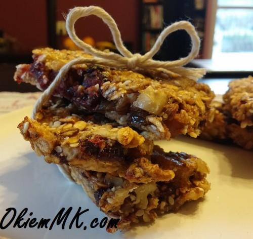 projekt-tnij-kalorie-dzien-drugi-przepis-na-domowe-batoniki-owsiana-granola