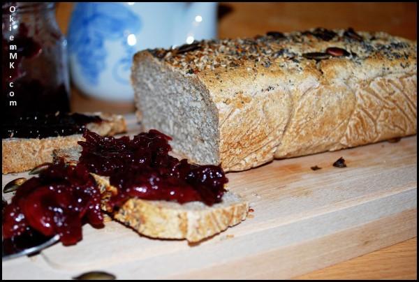 chleb, czereśniowy